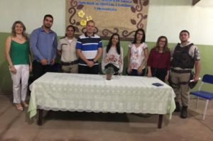 Combate às drogas e violência é tema de encontro da Escola Municipal Juiz Dr. Antônio Hélder Thomaz 2