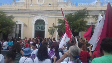 Vitória da Conquista Dia Internacional da mulher continua marcado por clamores e não por botões de rosas (2) 3
